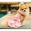 Robe rose à pois et volants pour chien